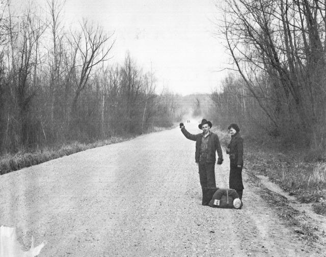 Walker_Evans_Hitchhidkers_Vicksburg_(vicinity)_March_1936