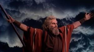 Charlton_Heston_in_The_Ten_Commandments_film_trailer