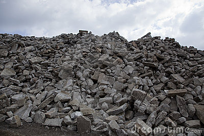 pile-brick-rubble-13863905
