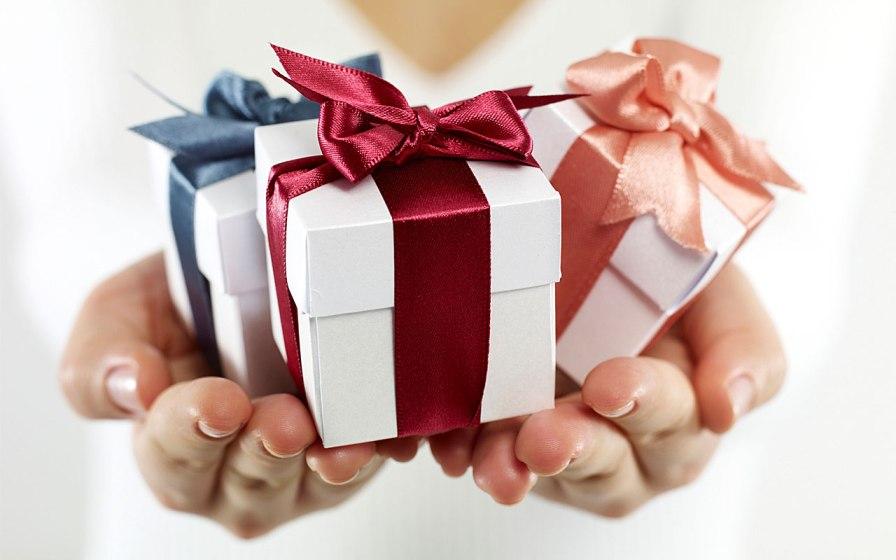 gifts-3.jpg